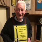 Wandelveteraan Ben Fraters 50 jaar lid
